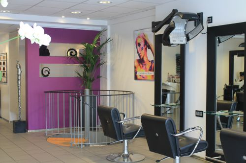 Eingang-Friseursalon-Creative-Hair-Meerbusch